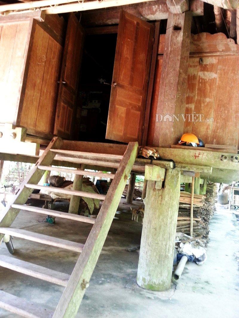 Chiêm ngưỡng ngôi nhà sàn cổ bằng gỗ quý hiếm ở xứ Thanh-4