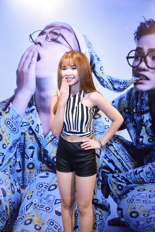 Tuần qua: Diva Mỹ Linh, HH Giáng My đẹp phát ghen ở tuổi U50-7