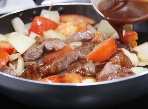 Thịt bò sốt cà chua ngon cơm-9