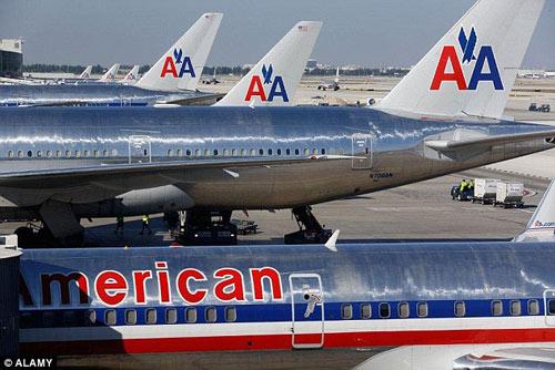 Mỹ: Cơ trưởng đột tử khi đang điều khiển máy bay chở 152 người-1
