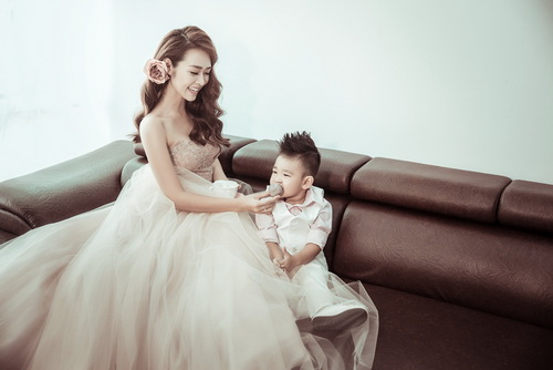 Diệp Bảo Ngọc bất ngờ khoe ảnh cưới với con trai-1