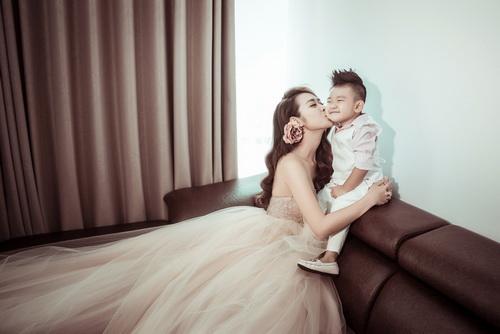 Diệp Bảo Ngọc bất ngờ khoe ảnh cưới với con trai-3