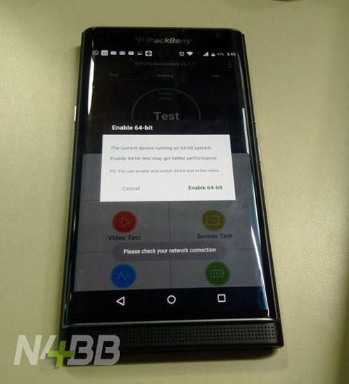 blackberry priv co kha nang quay phim 4k, vi xu ly 64-bit - 1