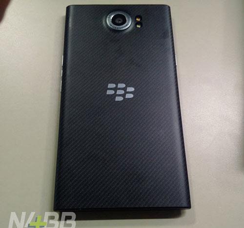 blackberry priv co kha nang quay phim 4k, vi xu ly 64-bit - 5