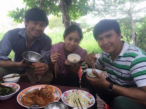 """Lê Phương - Quý Bình rủ nhau """"bỏ trốn""""-8"""