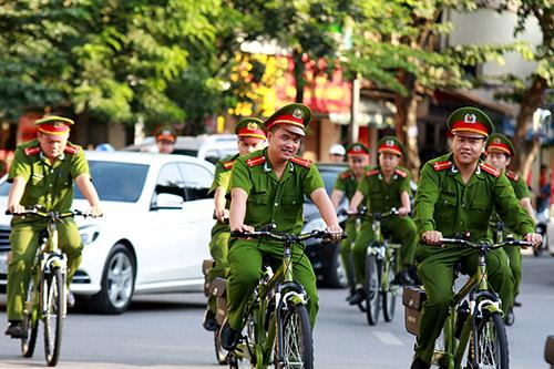Cận cảnh xe đạp mới nâng cấp của công an Hà Nội-13
