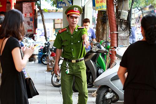Cận cảnh xe đạp mới nâng cấp của công an Hà Nội-14