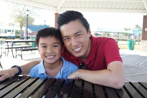 Lam Trường hạnh phúc khi con trai ngày càng khôn lớn-1
