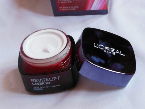 Đánh giá L'Oréal Revitalift Laser X3 dành cho phụ nữ tuổi 30-3