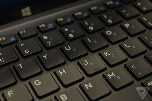 "xps 12 moi cua dell dung nam cham de ""bien hinh"" tu tablet thanh laptop - 11"