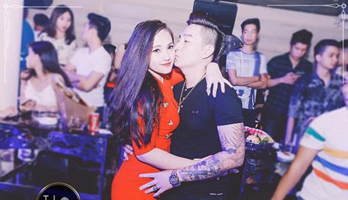 "hanh phuc cua me xinh dep co chong thich ""lam viec dan ba"" - 7"