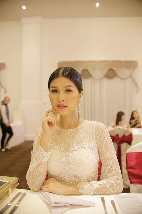 """bang cuong """"du hi"""" uc, oanh yen thi mrs viet nam - 10"""