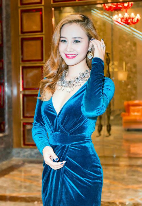 Hà Thúy Anh hạnh phúc khi được hát cùng Cẩm Vân-1