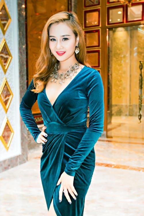 Hà Thúy Anh hạnh phúc khi được hát cùng Cẩm Vân-2