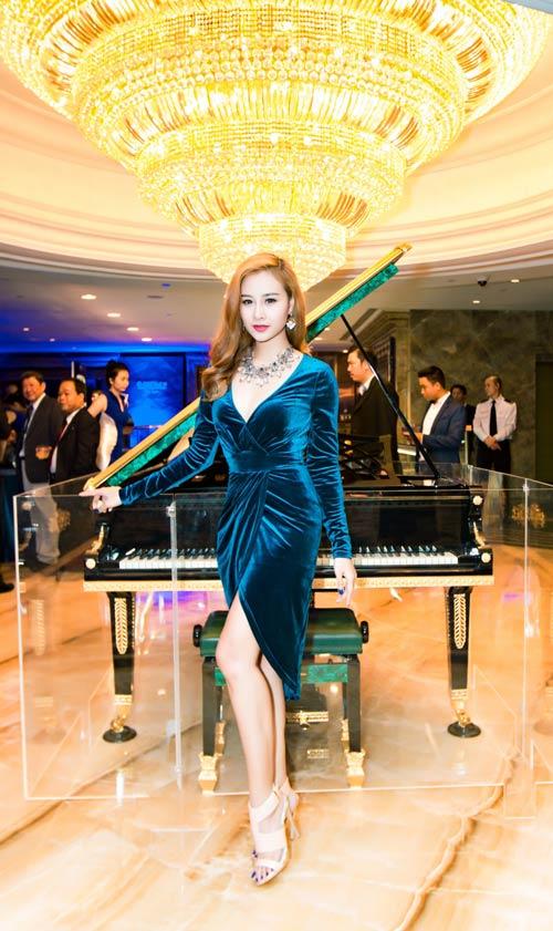 Hà Thúy Anh hạnh phúc khi được hát cùng Cẩm Vân-5