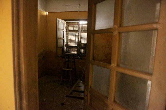 """Ảnh: Hành lang hoen bẩn ở nơi """"chui hầm đi nhờ thang máy""""-14"""