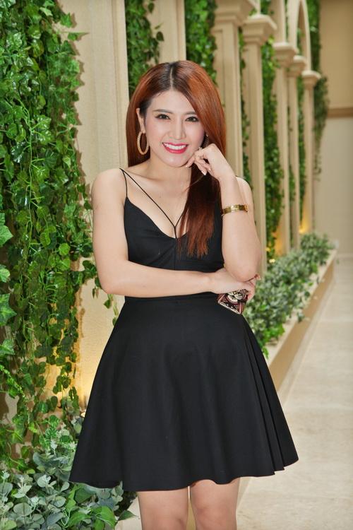 Bebe Phạm hạnh phúc bên ông xã Dustin Nguyễn-10