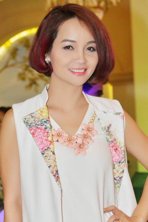 Bebe Phạm hạnh phúc bên ông xã Dustin Nguyễn-6