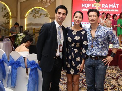 Bebe Phạm hạnh phúc bên ông xã Dustin Nguyễn-3