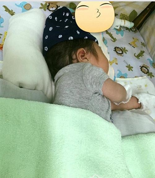 Nhật Kim Anh khoe khéo con trai hơn 1 tháng tuổi-3