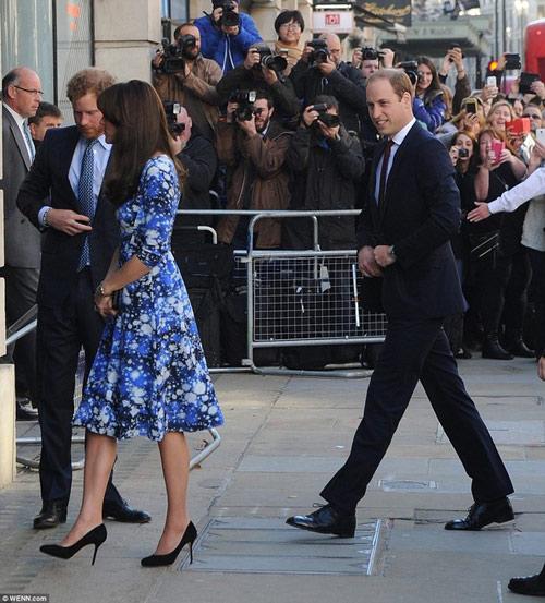 """Công nương Kate bị Hoàng tử William """"đánh bại""""-1"""