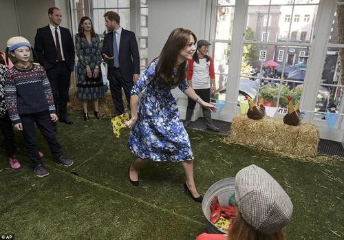 """Công nương Kate bị Hoàng tử William """"đánh bại""""-2"""