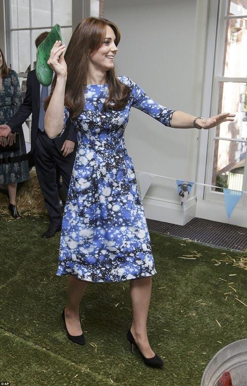 """Công nương Kate bị Hoàng tử William """"đánh bại""""-3"""