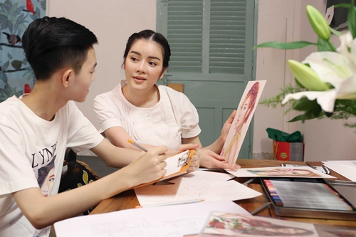ly nha ky thue hoa sy nghe an 15 tuoi ve thoi trang - 1