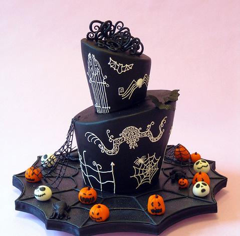 Rùng rợn với những chiếc bánh cưới Halloween-15