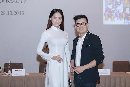 Hương Giang Idol mượn áo dài khoe vòng 1 căng tràn-4
