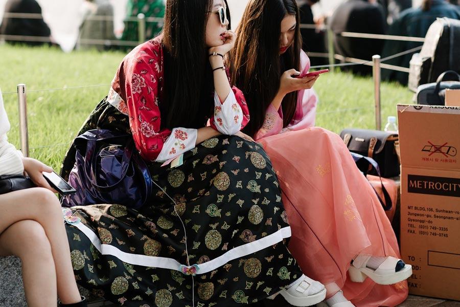 """""""giai ma"""" con sot hanbok duong pho cua gioi tre xu kim chi - 5"""