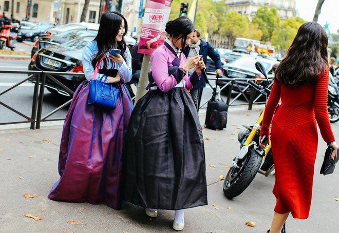 """""""giai ma"""" con sot hanbok duong pho cua gioi tre xu kim chi - 2"""