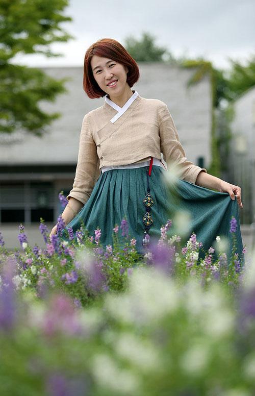 """""""giai ma"""" con sot hanbok duong pho cua gioi tre xu kim chi - 3"""