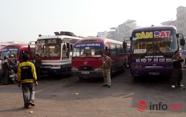 "ha noi: la ky ben xe co ""lot"" nhung… khong xe nao chay - 1"