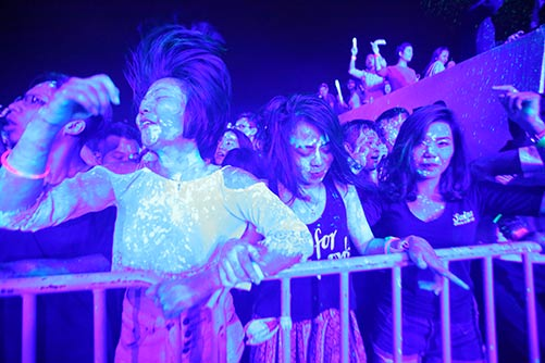 khan gia ha noi cuong nhiet voi the wave music festival - 2