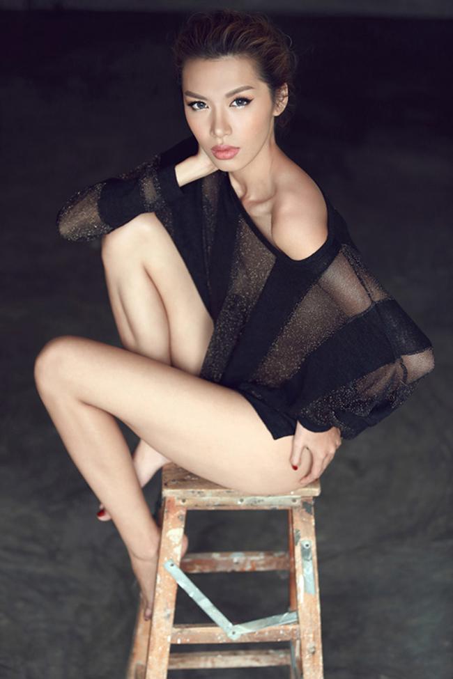 Người mẫu Minh Tú đang trở thành tên tuổi sáng giá trong làng mode Việt với sự 'lột xác' về hình ảnh cá nhân.