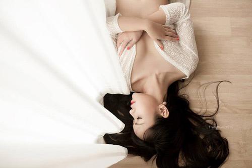 nghi luc cua nu sinh ngoai thuong mang bau voi ban cung lop - 1