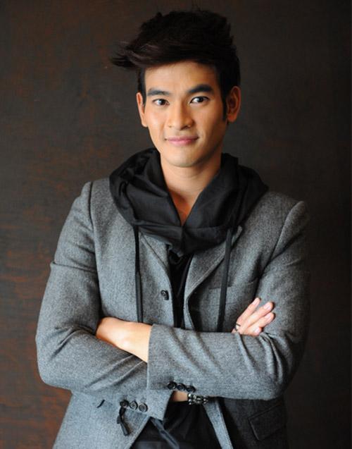 hot boy thai hut fan nho ve ngoai nam tinh - 2