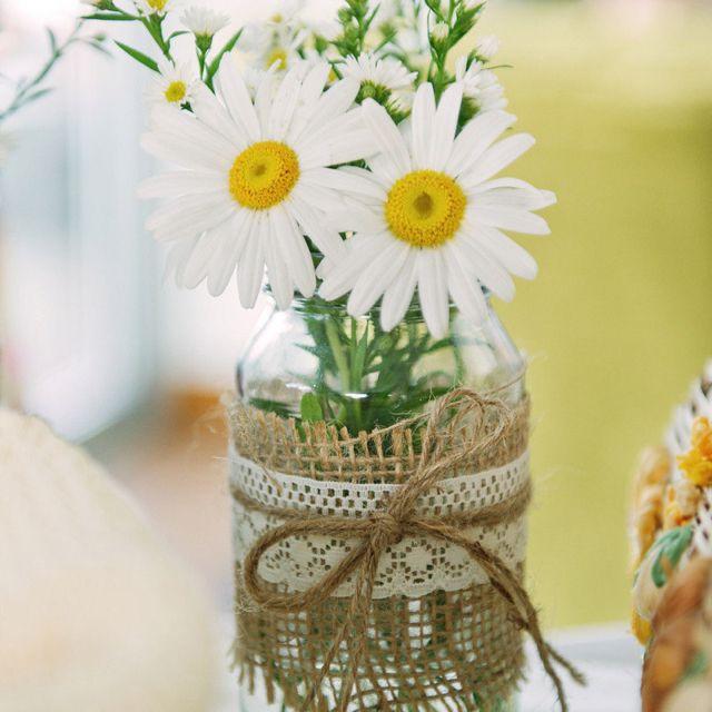 Học cách cắm hoa cúc họa mi đơn giản mà đẹp