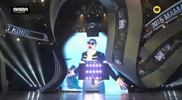 "big bang ""am"" 4 giai thuong danh gia nhat tai mama 2015 - 29"