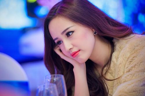 "a hau tu anh ""luom yeu"" mai phuong thuy - 8"