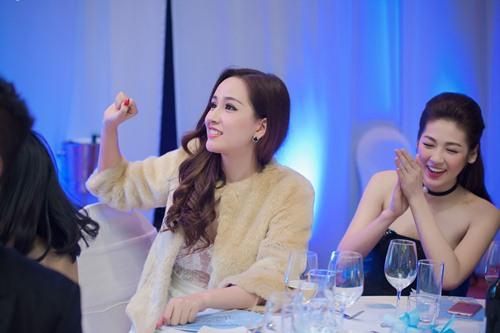 "a hau tu anh ""luom yeu"" mai phuong thuy - 14"