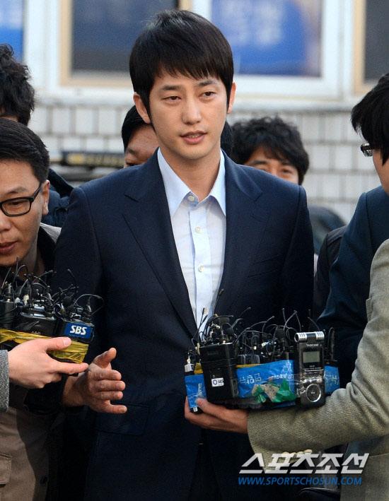 hau scandal cuong dam, park shi hoo bi phat 200 trieu won - 2