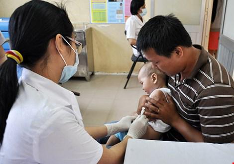 vi sao vaccine quinvaxem bi nhieu 'phan ung'? - 2