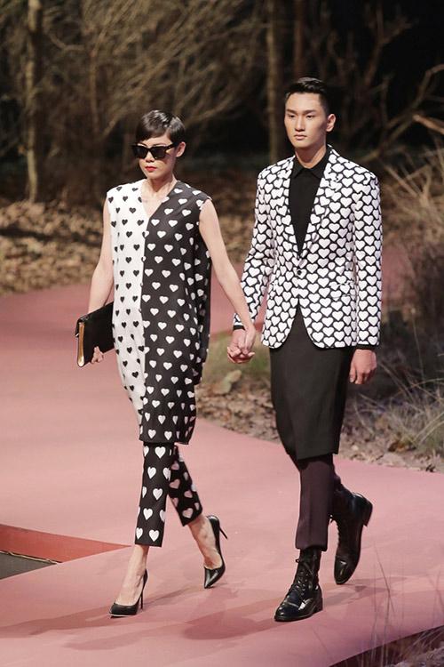 dan chan dai hang dau viet nam ke chuyen ve show love - 10