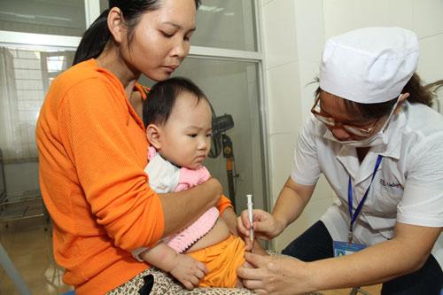 gd trung tam polyvac bac tin nhan duoc 15.000 lieu vac-xin 5 trong 1 - 2