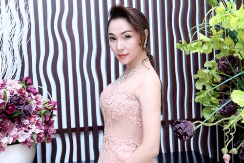 quynh thu cang tran goi cam sau thoi gian dai vang bong - 6