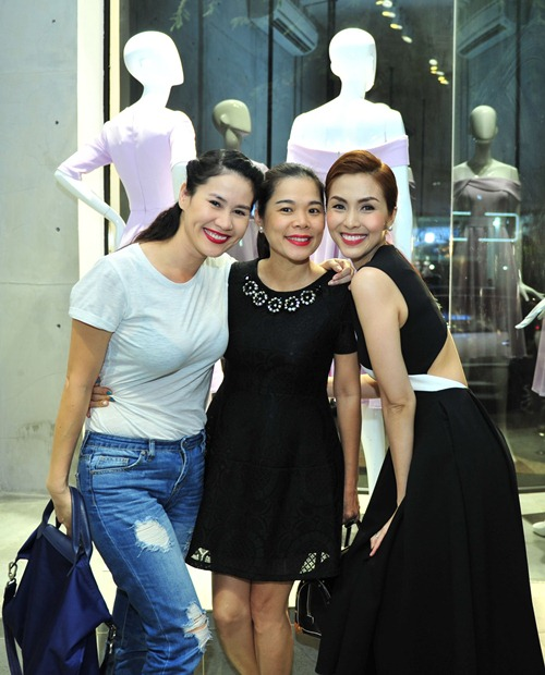 "ha tang - than thuy ha: tinh chi em ""keo son"" cua showbiz - 4"