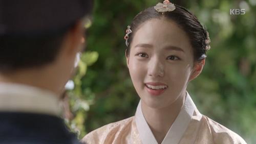 """Mây họa ánh trăng tập 14: Park Bo Gum """"nhìn gà hóa cuốc"""" vì nhớ người yêu-5"""