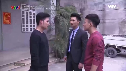 "khong phai la thanh huyen, day moi la co gai khien 3 soai ca ""zippo"" nao loan - 1"